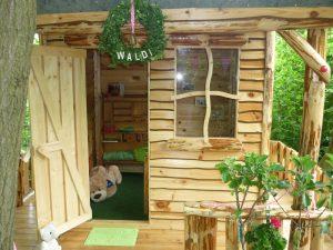 """Das Bild zeigt unser Gartenhaus mit dem Namen """"Waldi""""."""