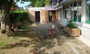 Das Bild zeigt den neuen Anbau der Kita Wannen.