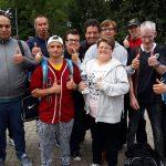 Das Bild zeigt die Spielerinnen und Spieler der SoVD-Lebenshilfe vor dem Turnier.